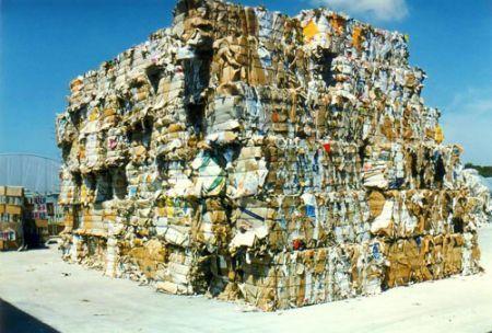 Raccolta differenziata, novità sul riciclo rifiuti di carta