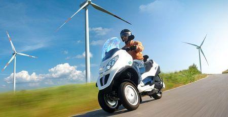 scooter elettrico piaggio mp3 hybrid