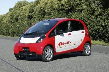 Auto elettrica Mitsubishi: iMiev