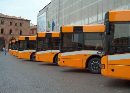 veicoli ecologici autobus elettrici fotovoltaico