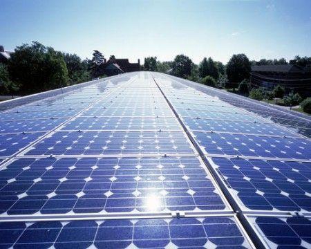 Gli investimenti nelle energie rinnovabile vicino al raddoppio