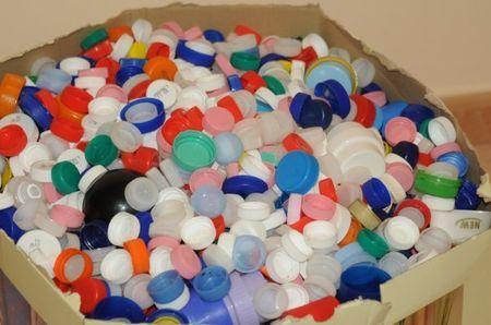 tappi plastica raccolta beneficenza