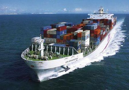 trasporto merci via mare