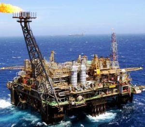 petrolio italia mare blu
