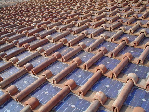 energia_solare_tetto_casa_tegole