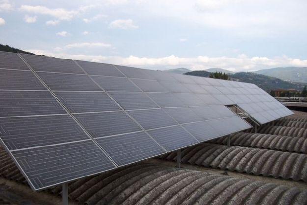 pannelli solari pensilina fotovoltaica ricarica auto elettriche