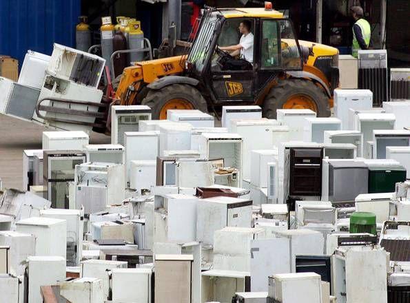 gestione_rifiuti_materiale_elettrico