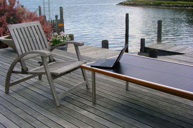 pannelli fotovoltaici tavolo solare energia green