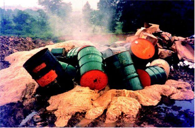 rifiuti_pericolosi_impatto_ambientale