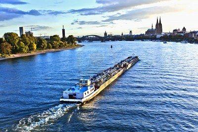 trasporto_merci_fiume_mobilita_sostenibile