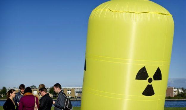 energia_nucleare_greenpeace_nogent_sur_seine