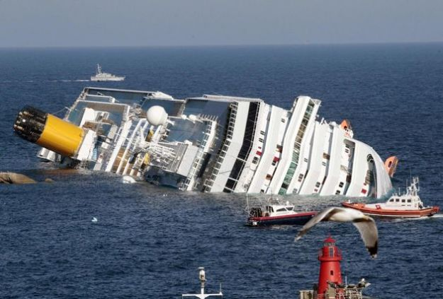 nave costa concordia disastro ambientale isola