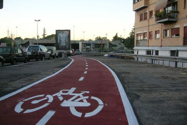 sicurezza ciclisti piste ciclabili