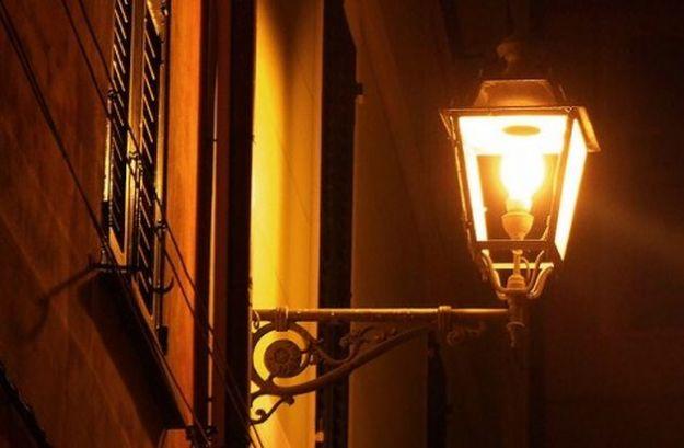 illuminazione pubblica sprechi