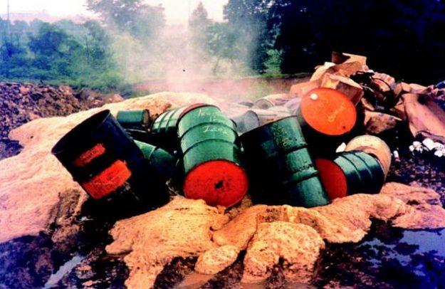 ecomafie rapporto legambiente reati ambientali