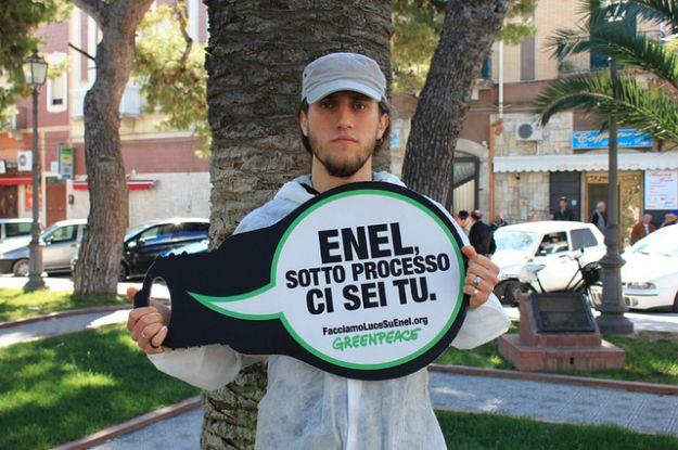 greenpeace_vs_enel_facciamo_luce