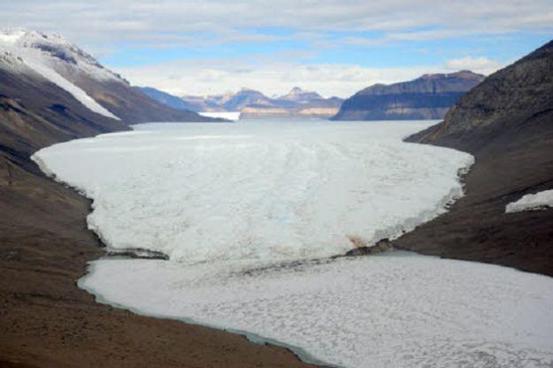 Il Principe Alberto diMonaco II in viaggio al Polo Sud per portare l'attenzione sulle conseguenze del cambio climatico