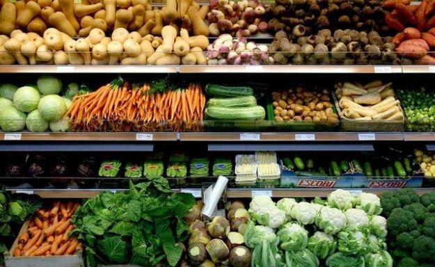 frutta e verdura di stagione spesa aprile