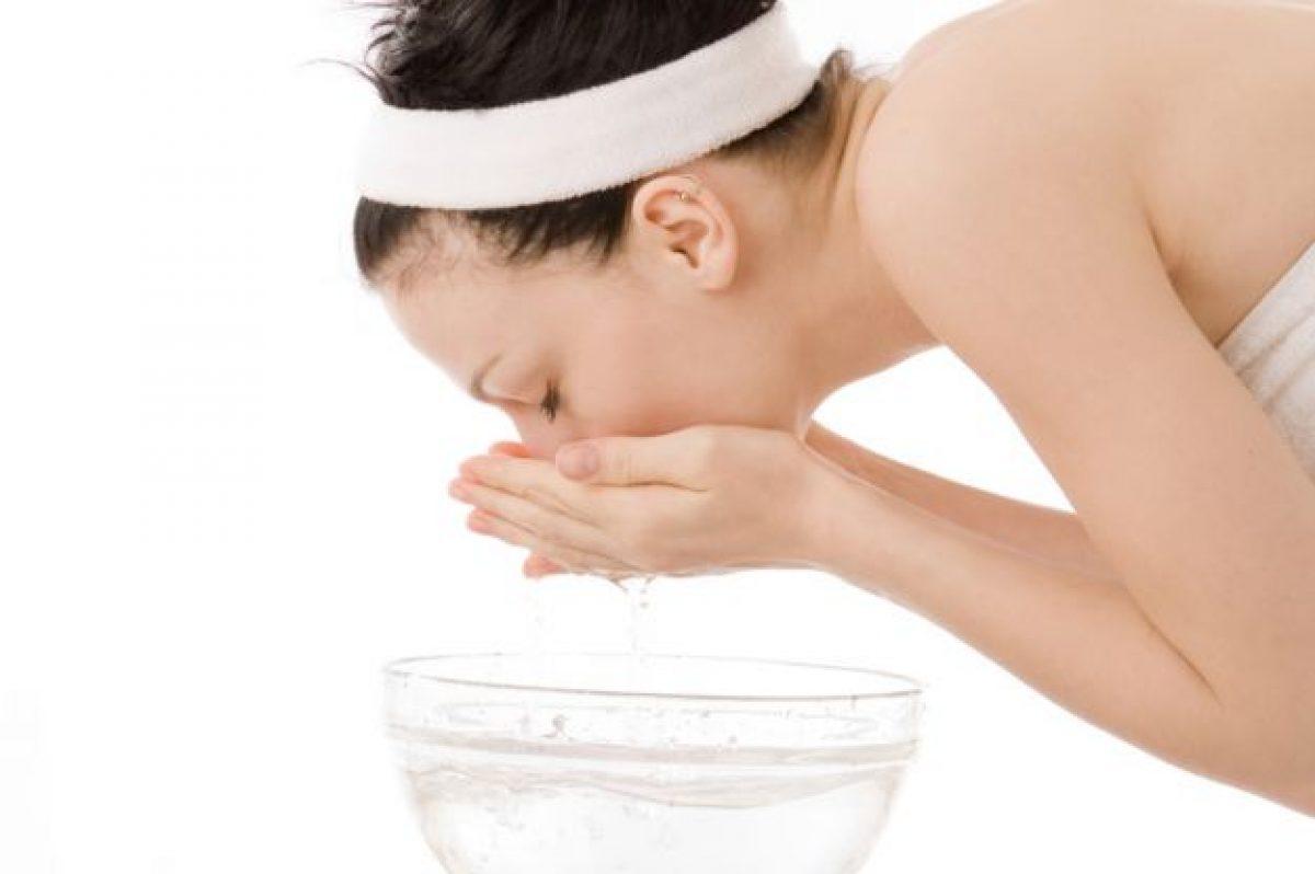 Macchie Di Unto Sulla Pelle rimedi naturali per rimuovere le macchie della pelle: 5