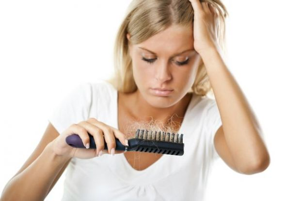 rimedi naturali contro la caduta dei capelli