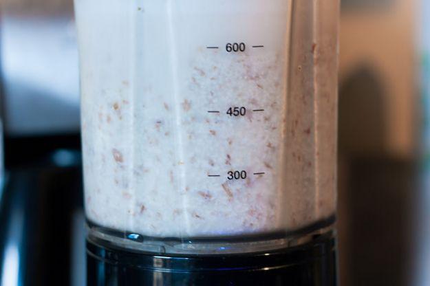 come fare in casa il latte di mandorle