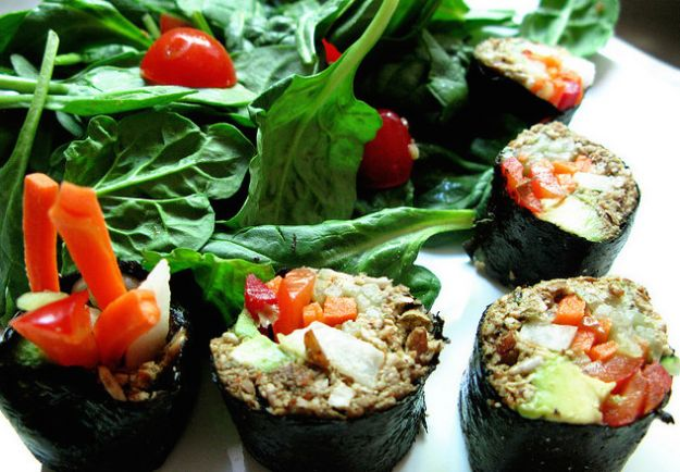 dieta crudista benefici ricette menu tipo