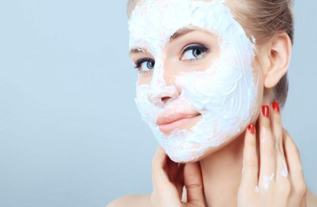 maschere schiarenti per il viso fai da te