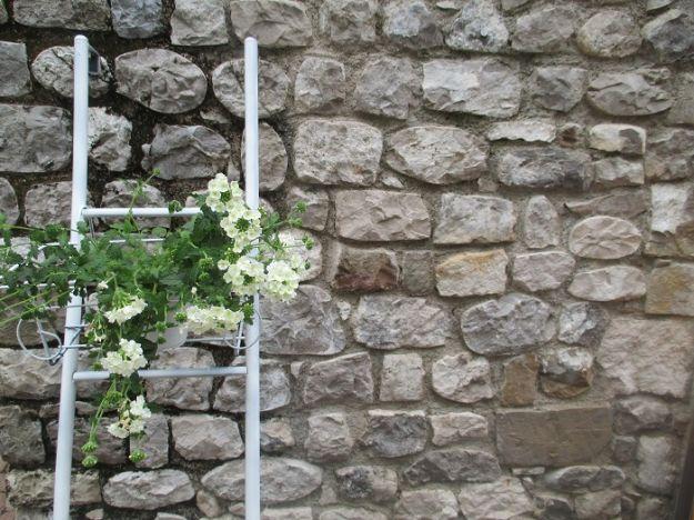 fioriera con scala