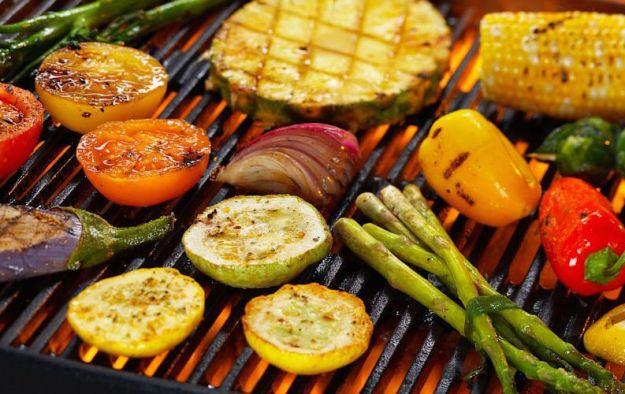 pulire griglia barbecue