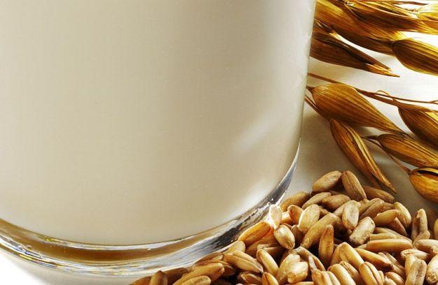 come fare il latte di avena in casa ricetta