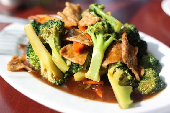 seitan con broccoli e semi di girasole