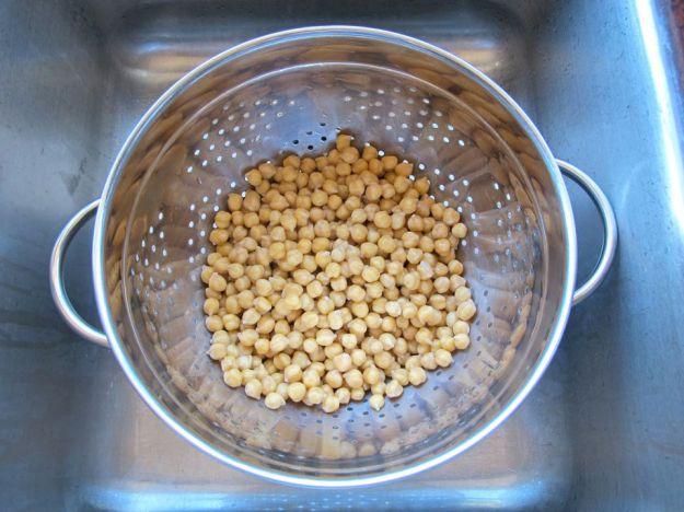 montatura acqua cottura ceci meringhe vegan