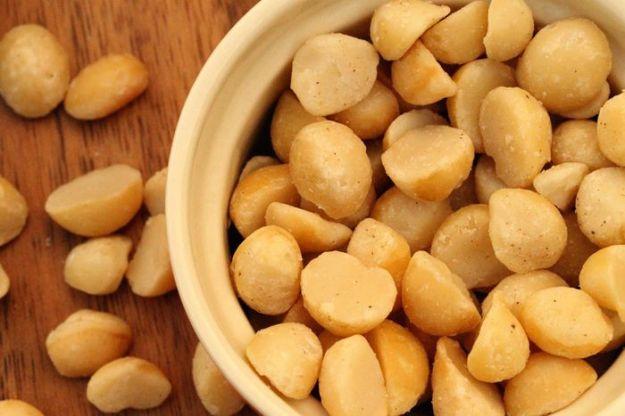 valori nutrizionali noci di macadamia