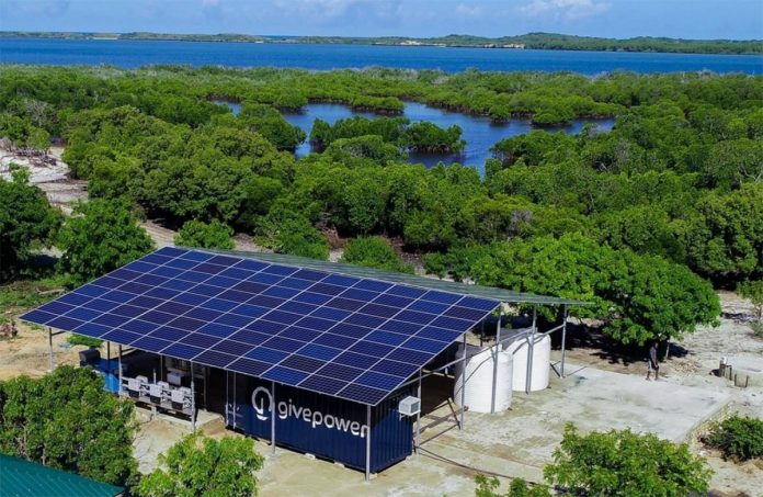 Dissalatori solari in Kenya realizzato dalla Givepower della Tesla