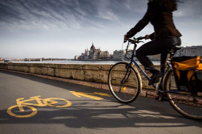 Mobilità sostenibile post coronavirus, si useranno di più bici e car sharing