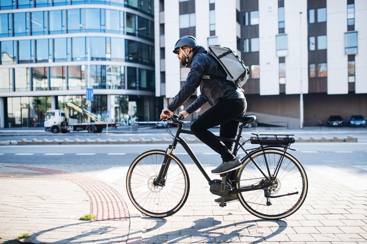 Una bici elettrica in città