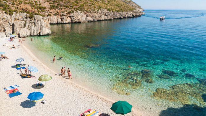 Vacanze al mare 2020: le regole per andare in spiaggia quest'anno