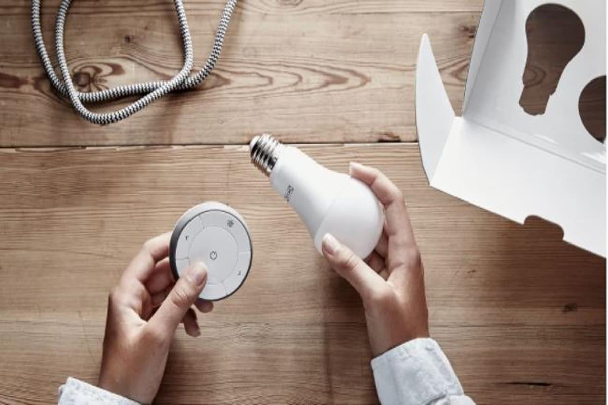 Lampadina LED con telecomando per casa sostenibile Ikea