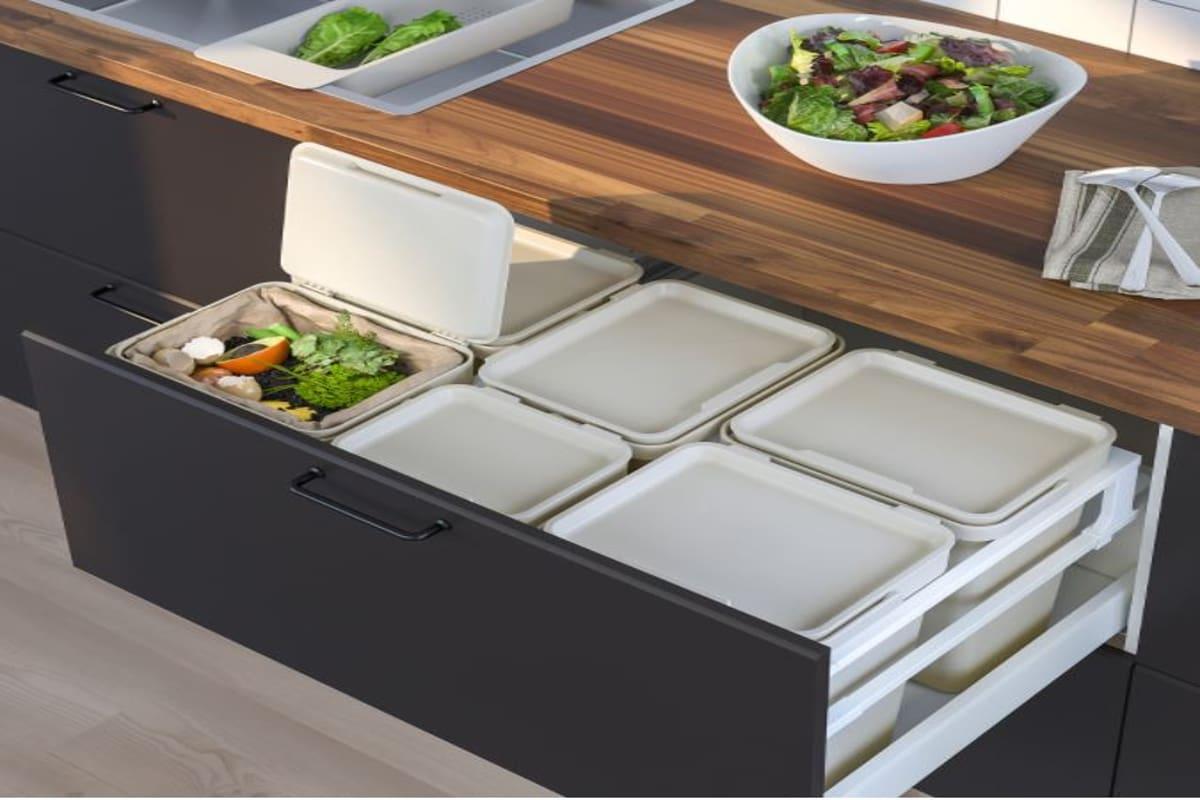 Set di contenitori per raccolta differenziata per casa sostenibile Ikea