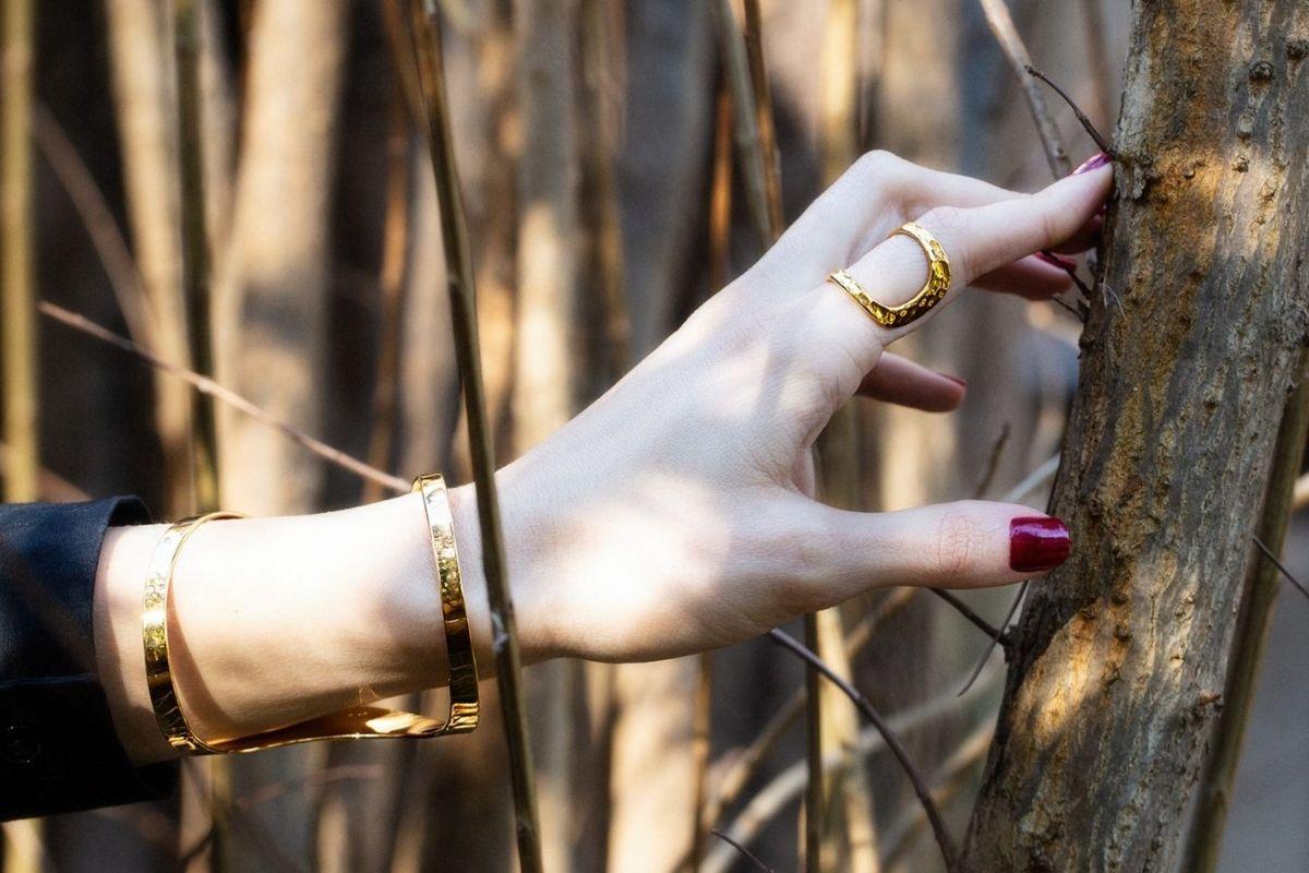 Gioielli sostenibili bracciale e anello